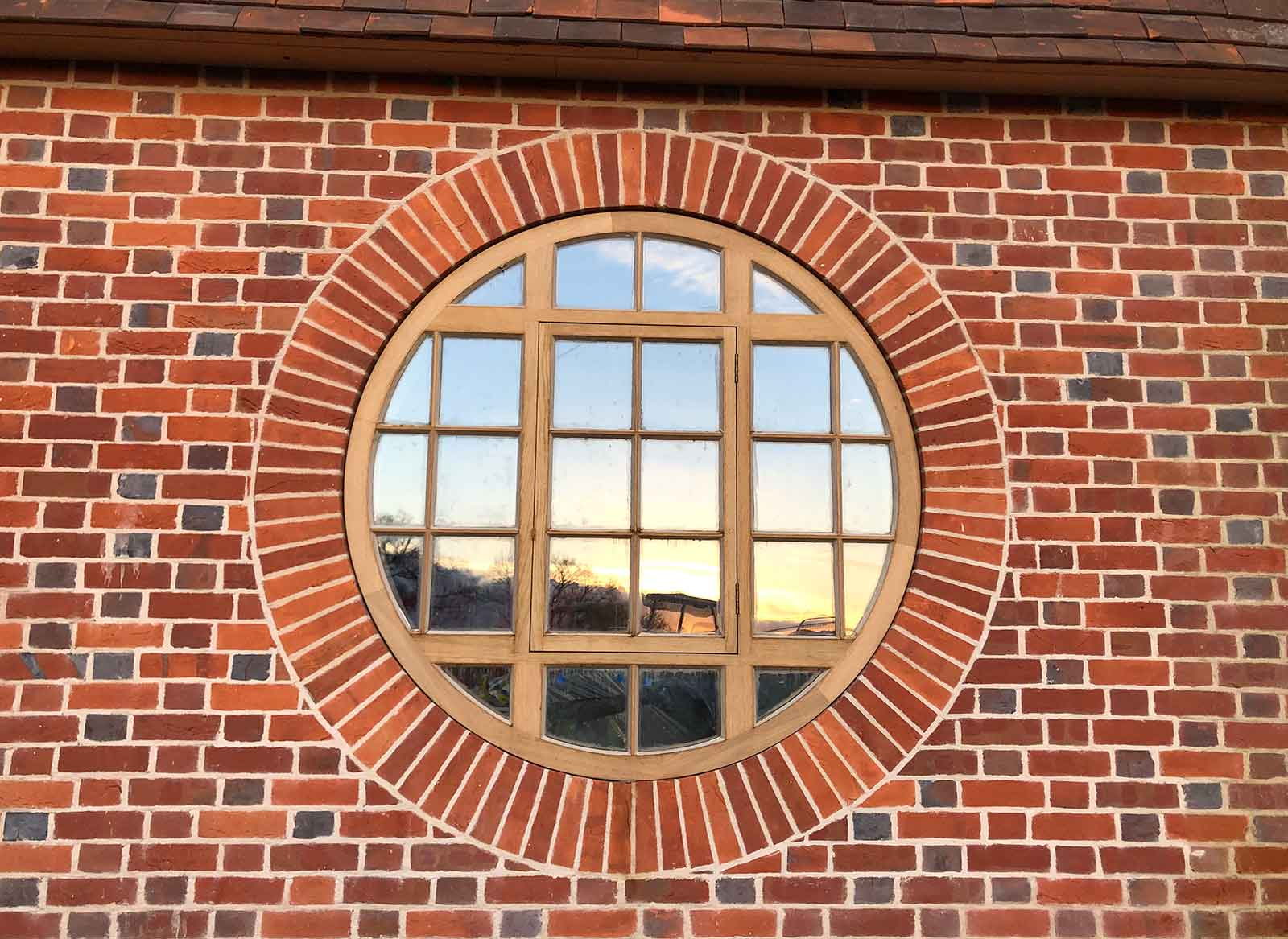 Bulls eye window